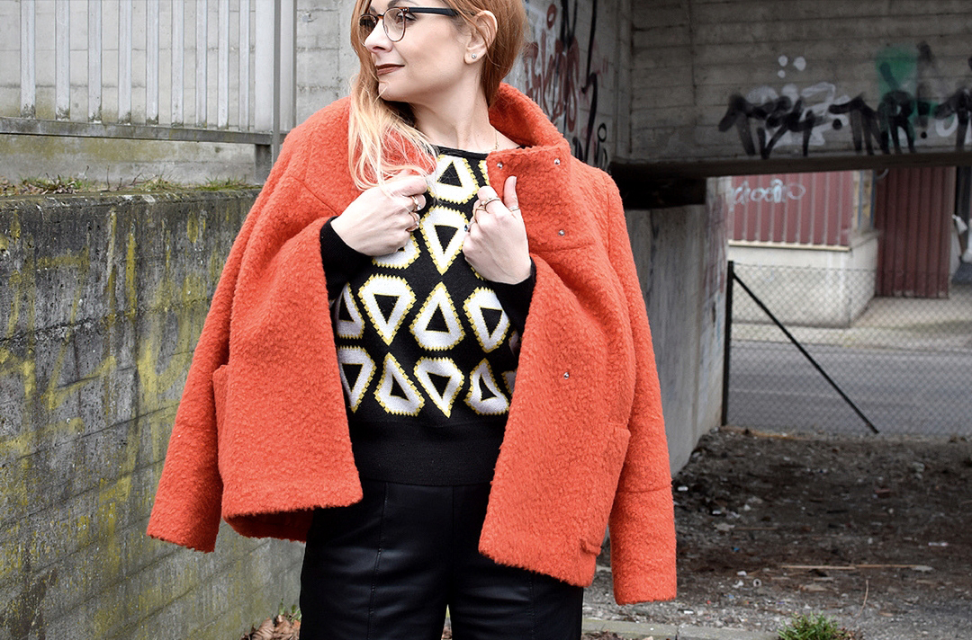 Orange, schwarz und Animal Print, so stylst Du Animal Print