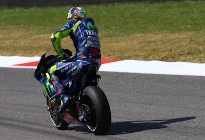 Rossi Keluhkan Nyeri Lengan Usai Latihan GP Italia