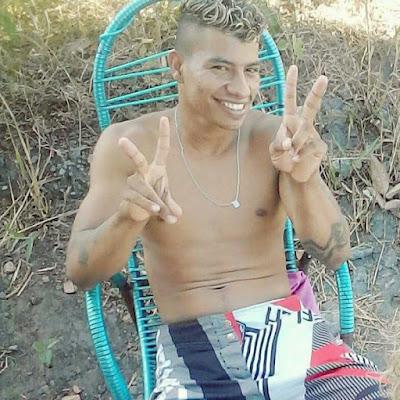 Jovem é baleado em bar no Bairro da Corrente em Chapadinha.