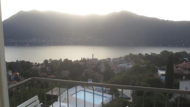 Blick aus dem Hotel Asnigo Cernobbio auf den Comer See