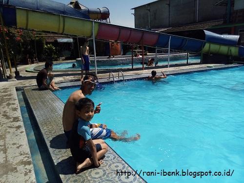 Rekreasi Kolam Renang Fajar Panorama Cimahi