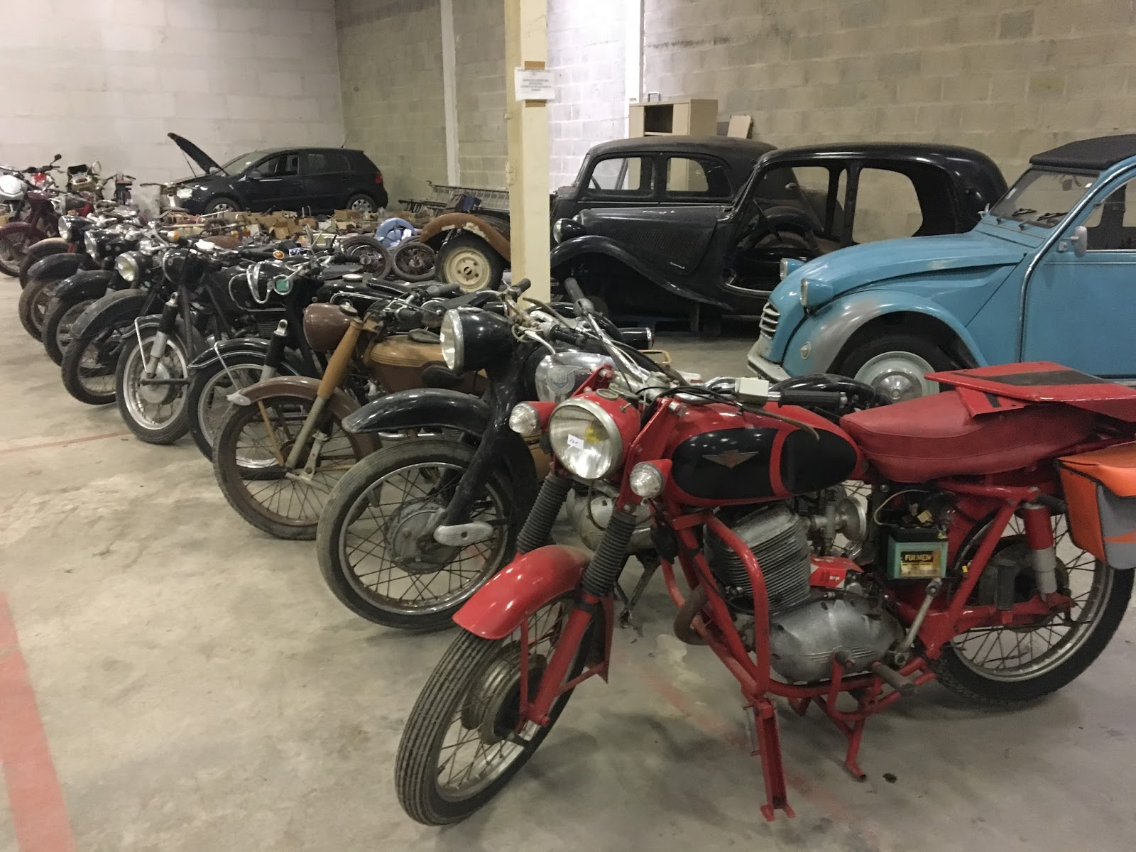 ma kubelwagen lili auto moto de collection beauvais. Black Bedroom Furniture Sets. Home Design Ideas