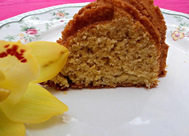 bundt-cake-nata-foto-corte