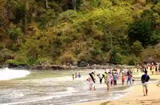 Banyuwangi tak hanya punya pantai sukamade Pantai Rajegwesi Banyuwangi