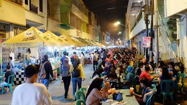 5 Lokasi Street Food di Indonesia