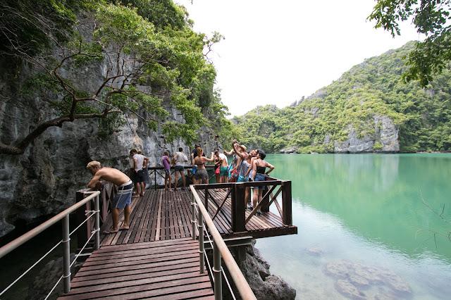 Lago Thale Nai-Angthong national park