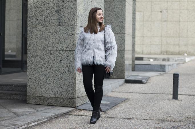 cum sa porti haina din blana artificiala
