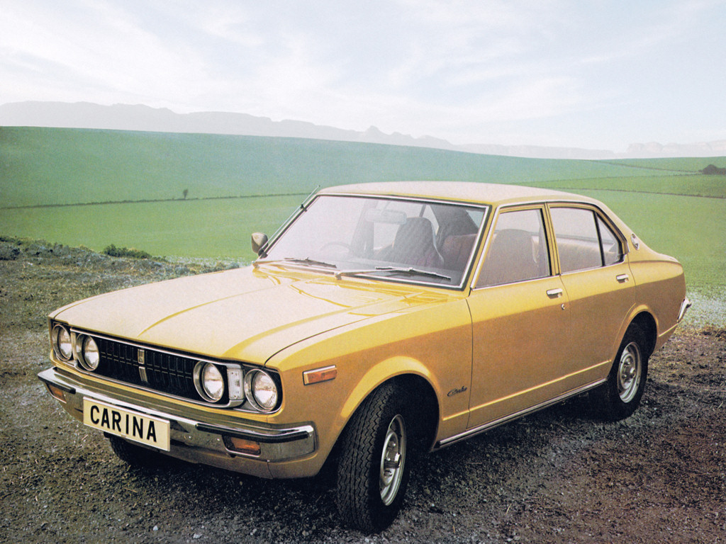 Toyota carina 4 door uk 1974