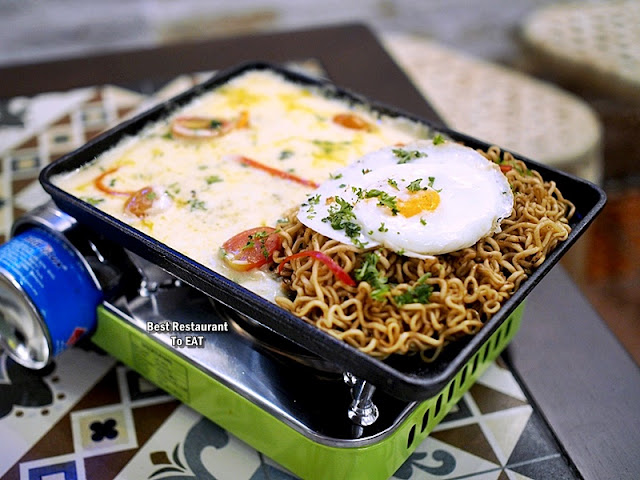 Luckin Kopi Petaling Street Menu - Cheesy Indo Mee & Eggs