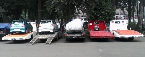 Mau Kirim Mobil, Gunakan Jasa Derek Towing Alias Jasa Gendong Mobil
