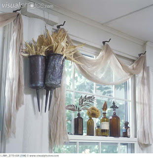 Nets Happy Place Vintage Window Ideas