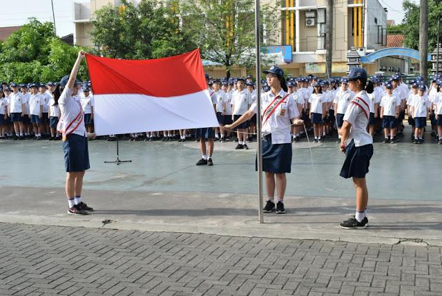 SMP KK Gelar Upacara Memperingati Hari Kesaktian Pancasila