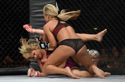 Briga louca entre 2 mulher