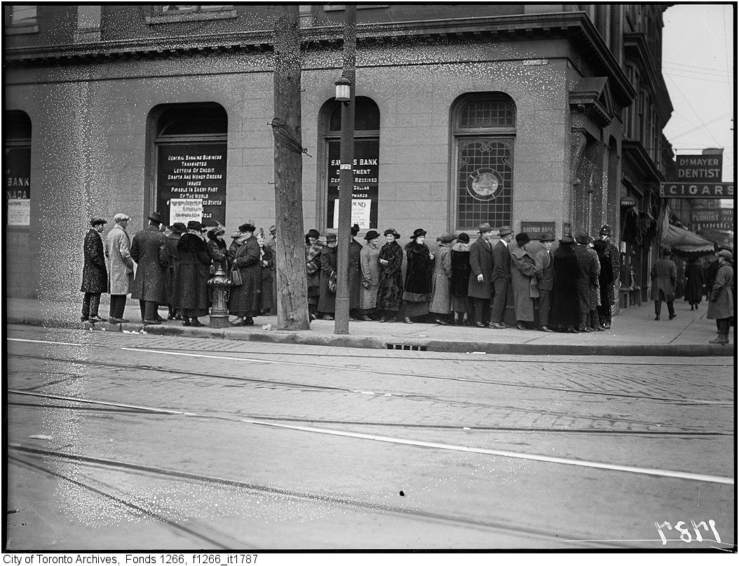 Home Bank Of Canada Lost Toronto Queen And Bathurst Then And Now