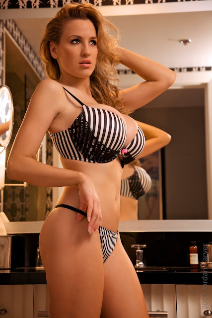 Jordan-Carver-Boutique-hot-photoshoot-sexy-pic-13