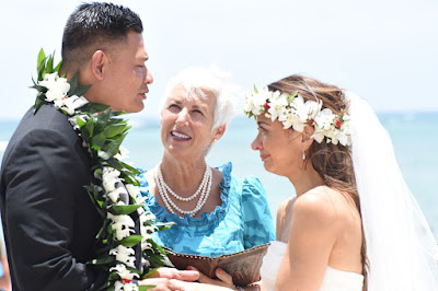 Waialae Beach Wedding