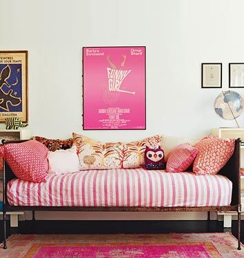 Daybed with pink stripes at Amanda Peet house