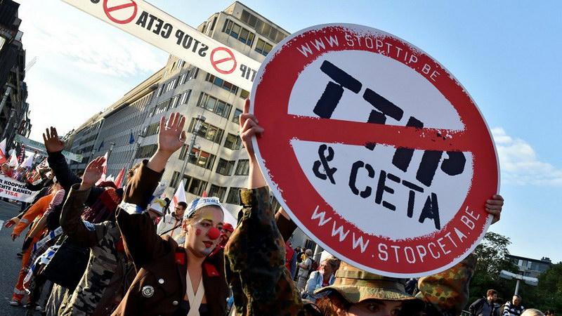 Κ.Ο. ΣΥΡΙΖΑ για την υπογραφή της CETA: Ό,τι πει η κυβέρνηση!