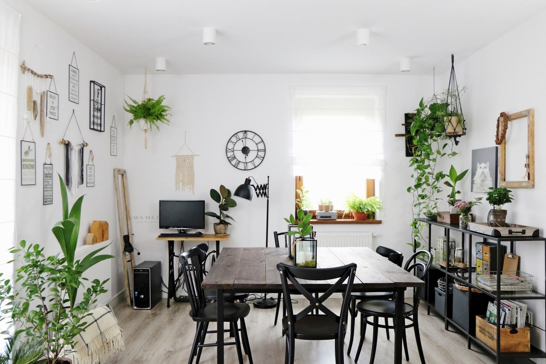 aranżacje wnętrz, baba ma dom, babamadom, deski, DIY, do it yourself, doityourself, featured, hacks, inspiracje, krzesło, majsterkowanie, postarzanie, recykling, salon, shou sugi ban, stół, zrób to sam,