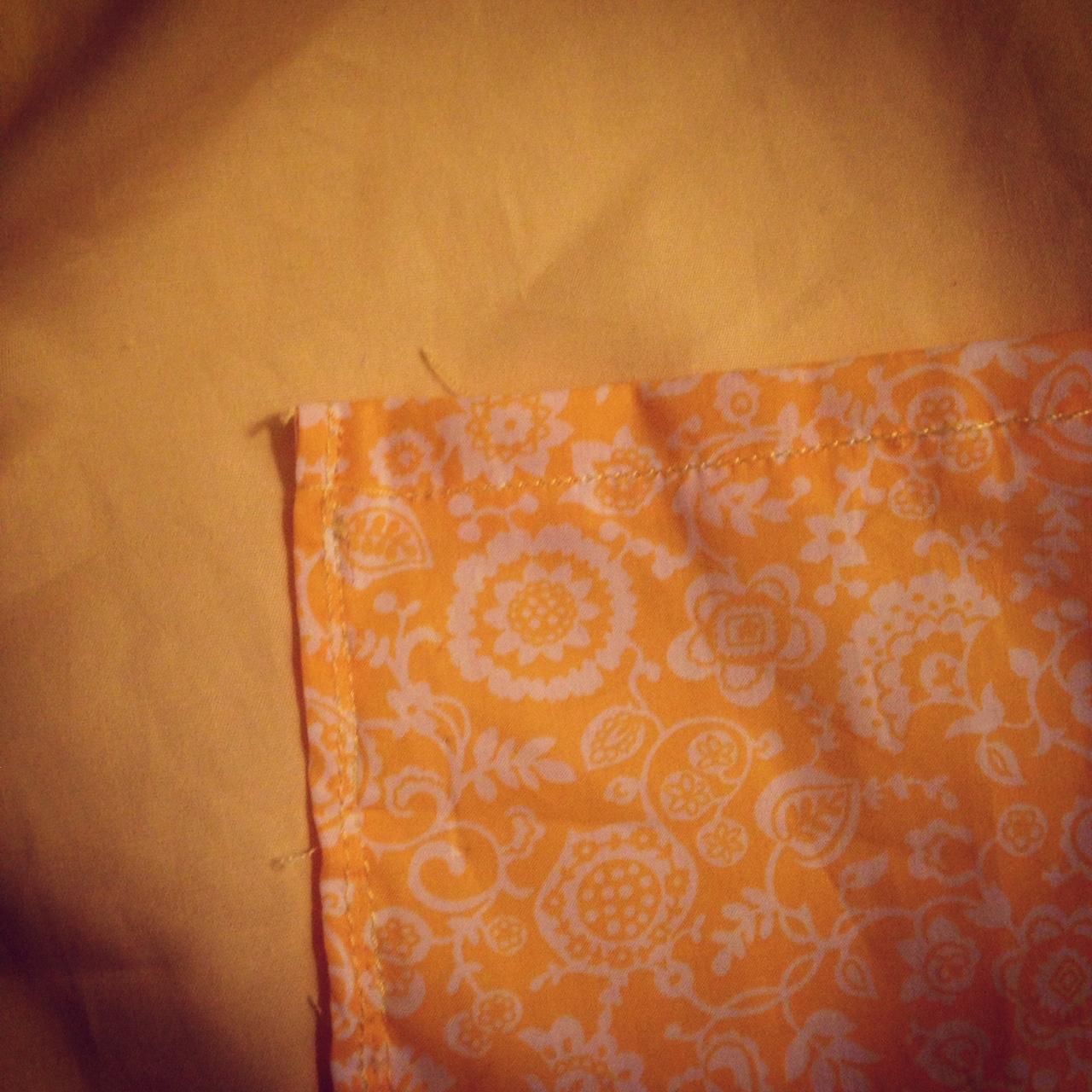 Une chambre à moi: couture: un tablier d'école