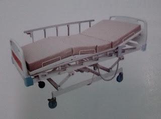 tempat tidur rumah sakit