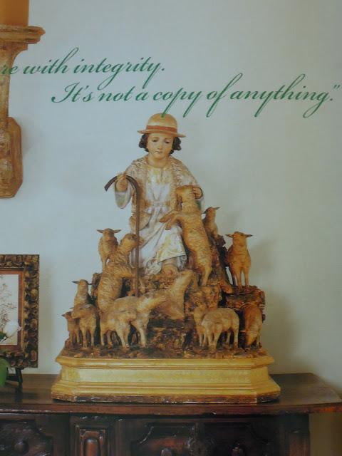 Antiqueaholics Pamela Pierce Decorates For Christmas