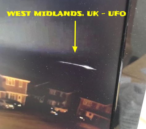 Amazing UFO caught on camera in the West midlands in the UK.
