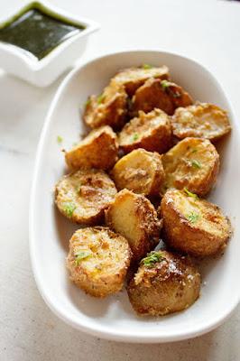 http://www.vegrecipesofindia.com/tandoori-aloo-recipe-tandoori-aloo/