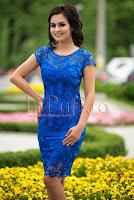 Rochie midi albastra cu broderie