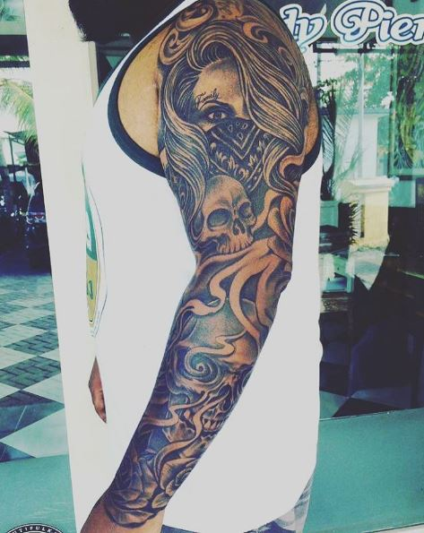 c1bca6526 50+ Cool Gangster Tattoos For Females (2019) | Tattoo Ideas