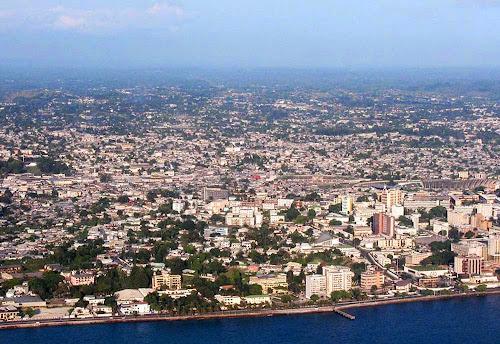 Foto aérea de Librevile – Gabão
