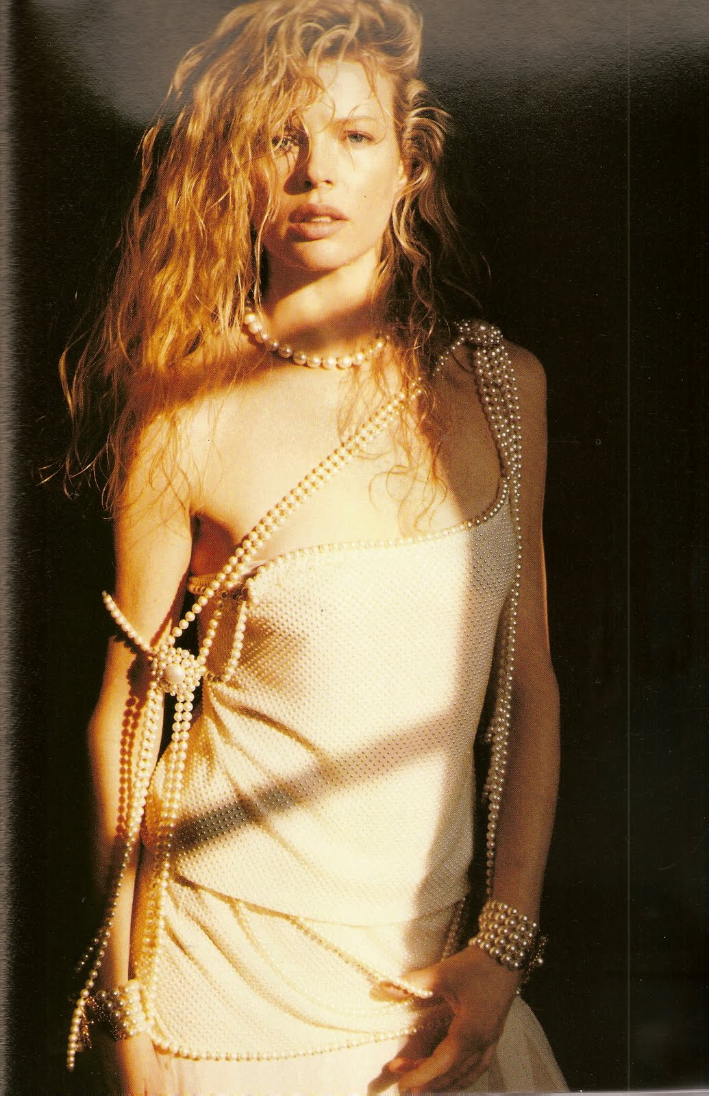 Kim Basinger For Vogue 1983: HISTORIES OF THINGS TO COME
