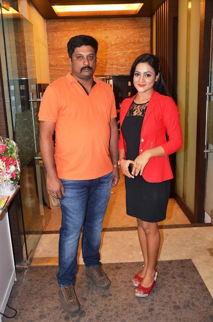 Ollywood Actress  Elina Padhi Launches Silk India Expo at Bubaneshwar
