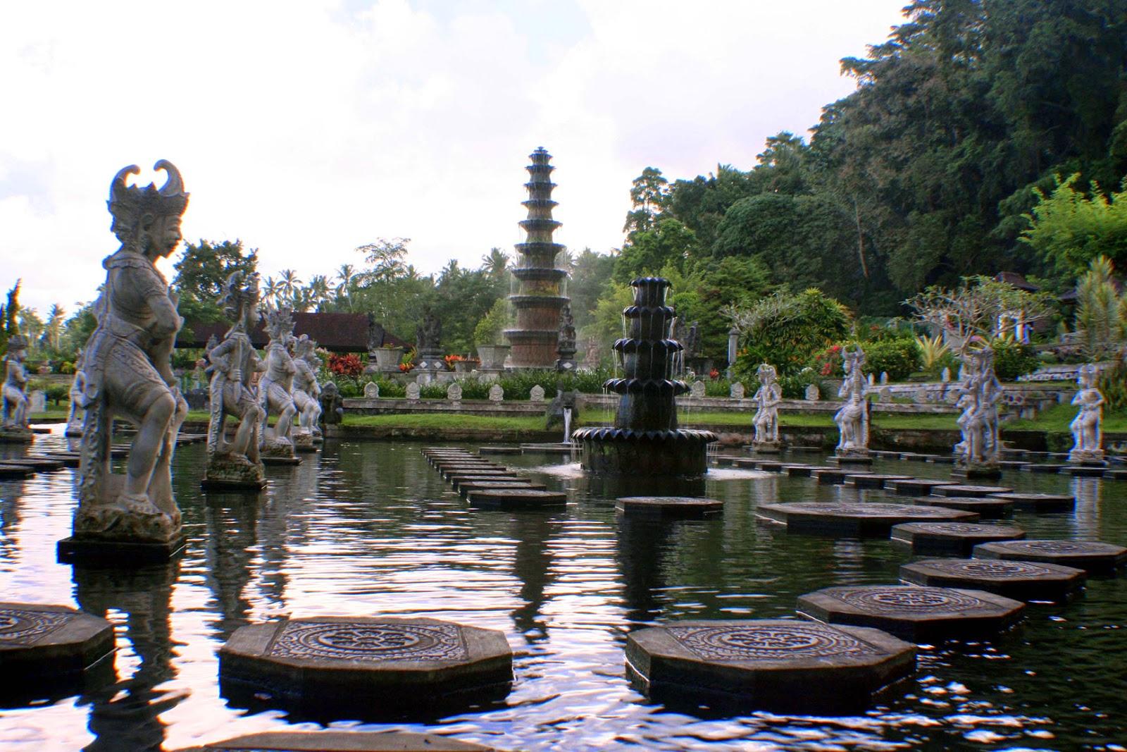 Menara Air Tirta Gangga