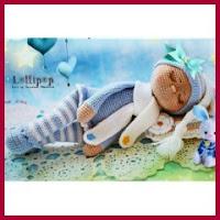 Bebé amigurumi durmiendo