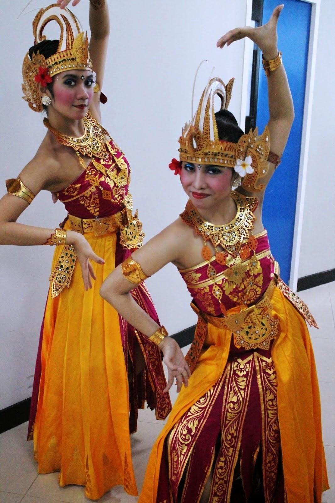 Gambar Baju Adat Bali Terlengkap