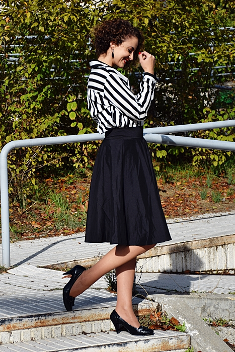 Outfit_falda_cintura_alta_negra_3