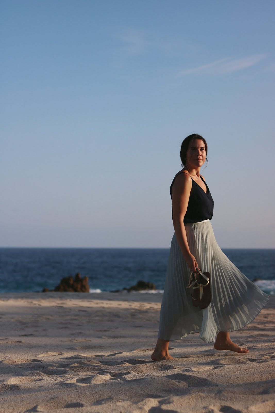 one&only palmilla resort blogger aritzia jude skirt vacation outfit aleesha harris