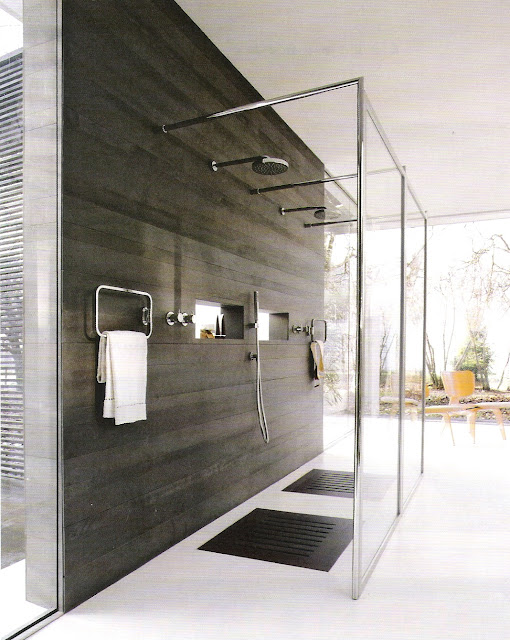 Contemporary open shower design, Côté Sud Aout-Sept 2006, edited by lb for linenandlavender.net