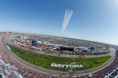 The Thunderbirds perform a flyover prior to the start of the Monster Energy #NASCAR Cup Series 60th Annual Daytona 500.