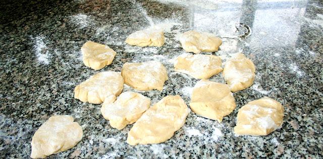 dolce pugliese, cartellate, cartddot, Puglia