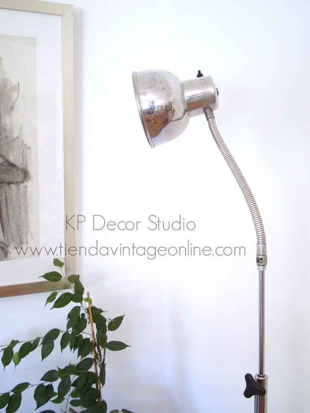 Tienda de lámparas de pie estilo industrial valencia