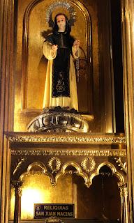 Relíquias de San Juan Macías, na Iglesia de Santo Domingo, Lima