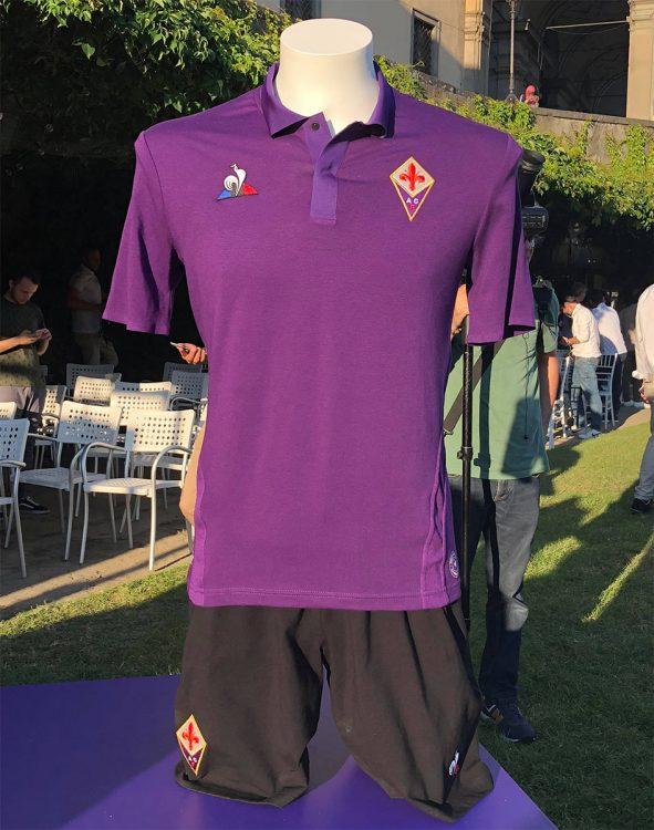 9fc87c34df2 Again 5 Player Kits - ACF Fiorentina 18-19 Home + 4 Away Kits ...