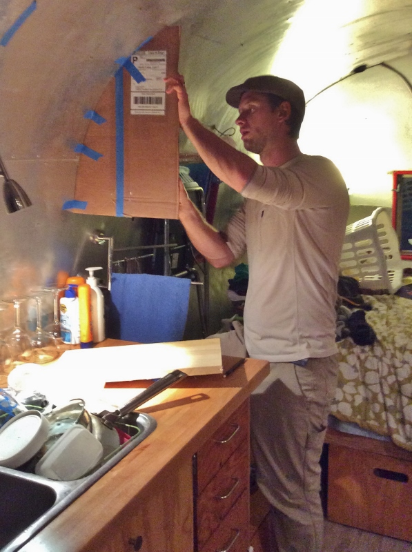 Blue Moon - An Airstream Chronicle: Airstream Medicine Cabinet
