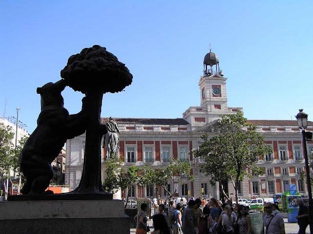 Símbolo de Madri na Puerta del Sol