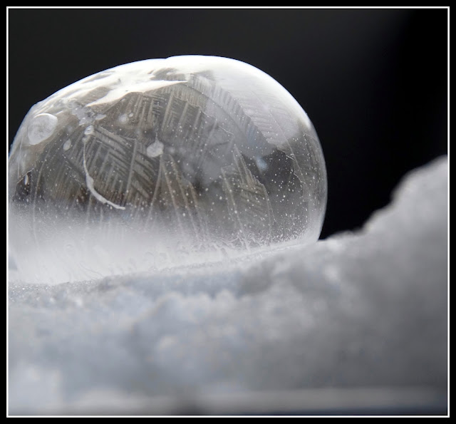 dessin sur bulle de savon gelée frozen bubble