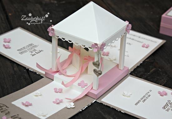 Explosionsbox Mit Hochzeitspavillon