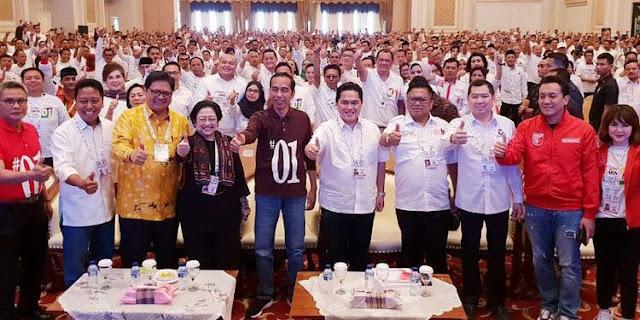 Hastag Baru #01IndonesiaMaju dan #JokowiLagi, Salam Satu Jempol dari Jokowi