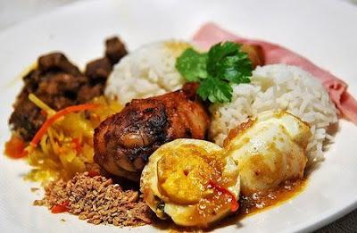 Resep Nasi Rames Komplit, Sederhana, dan Enak